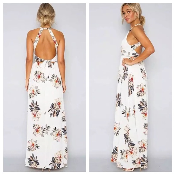 acaf3445e1 🌼Sale🌼 Candice Floral Print Halter Maxi Dress
